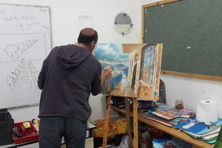 איש מצייר